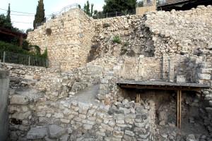 בית ארבע מרחבים - מאה 8 ומגדל מאה 3 לפנהס (Medium)