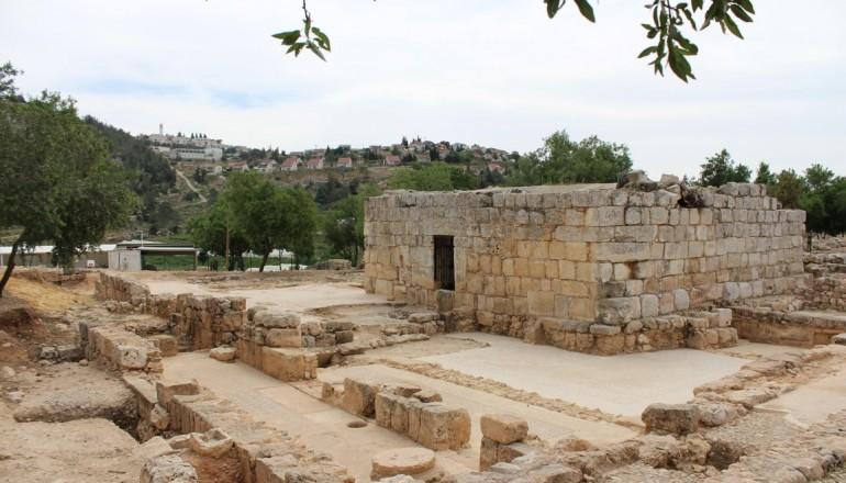 תושבי הכפר קריות מבקרים בתל שילה